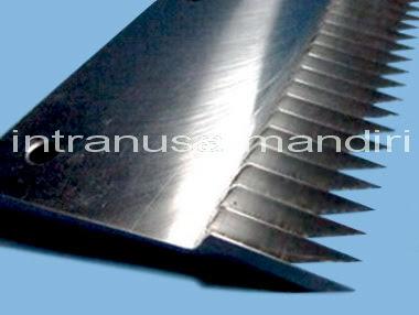 knife insert, horn, pisau perforasi 01