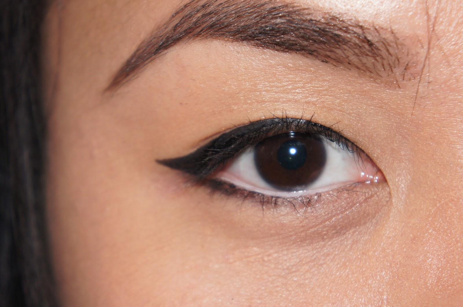 Beauty By Ess Marie: EYELINER: Simple Everyday Eyeliner ...