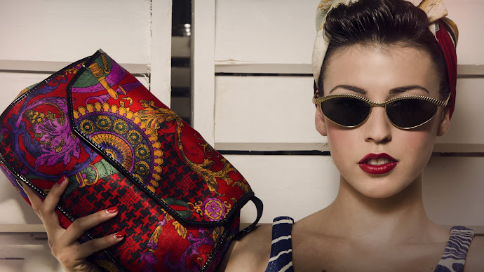 Wallpaper: Fashion Portrait Ersilia Ciano