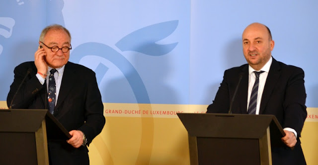 Press conference by Étienne Schneider and Jean-Jacques Dordain. Credit: MECO