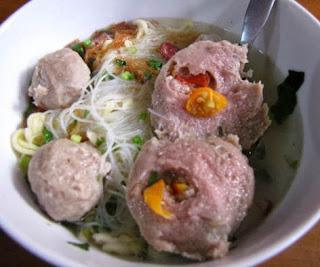 Makanan Khas Indonesia bakso - bakso ranjau
