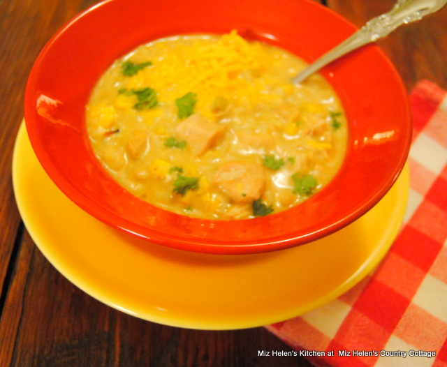 This Slow Cooker Green Chili, Chicken and Rice Soup is real Tex Mex ...