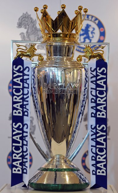 Chelsea Trophy Cabinet | Chelsea's trophies on display at ...