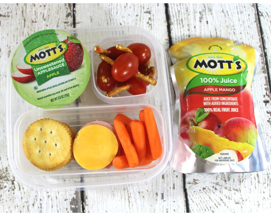 d52623d4afc2 Back to School Lunches with Mott's® NEW 100% Juice Pouches | Mommy Katie
