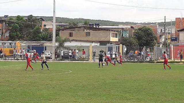 No infantil tivemos o Jabaquara aplicando 14 a 0 no Atlântico. Em outro jogo de muitos gols, Panorama e Beira-Rio não saíram do empate por 3 a 3.