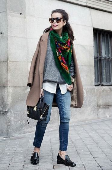 best layered outfit for this season : loafers + printed scarf + bag + white shirt + sweater + nude coat