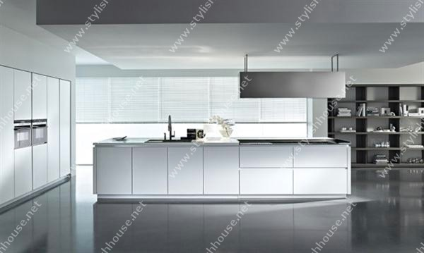 white modern and luxury italian kitchen design