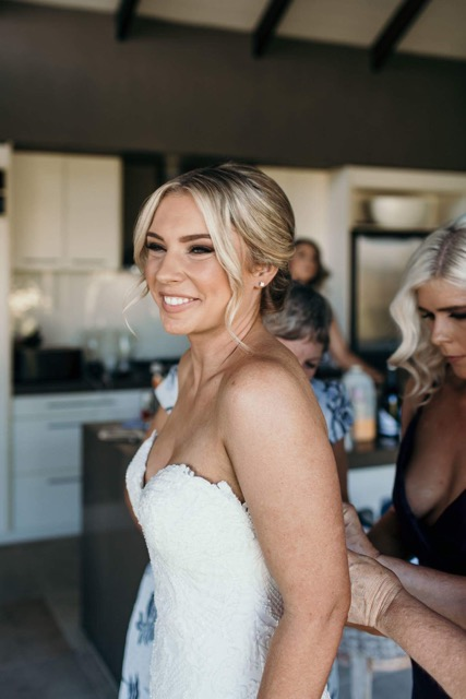 CAIRNS BRIDAL MAKEUP HAIRSTYLIST WEDDING HAIR CAIRNS PORT DOUGLAS