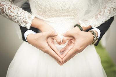 kiat hubungan harmonis romantis