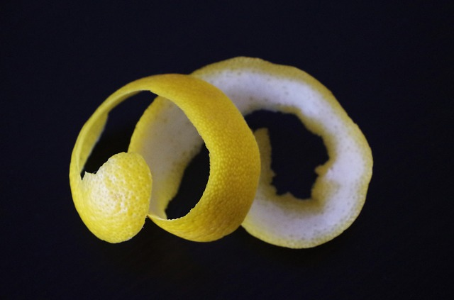 Cara Menghilangkan Komedo Secara Alami Dengan Kulit Jeruk