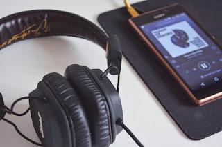 Cara Mudah Menghilangkan Lambang Headset di HP Xiaomi
