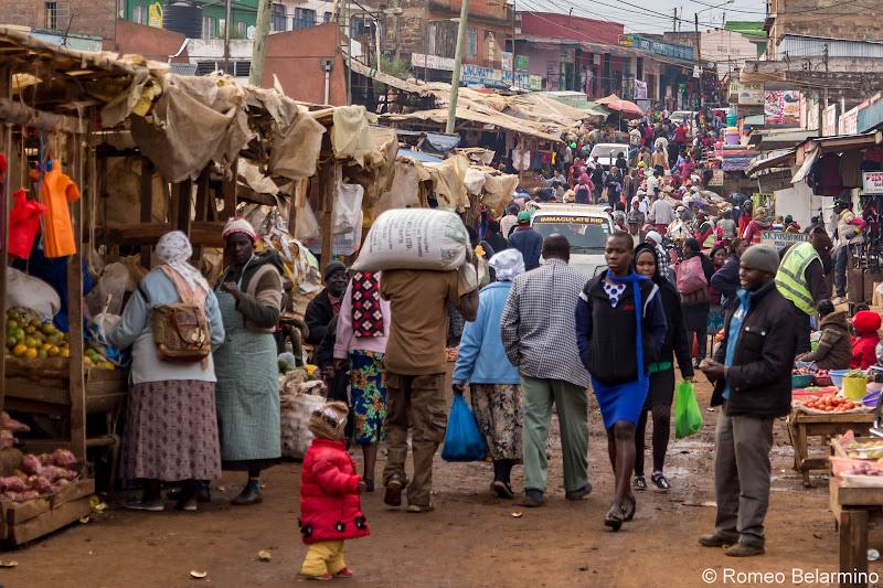 Limuru Market Crowds Volunteering in Kenya with Freedom Global