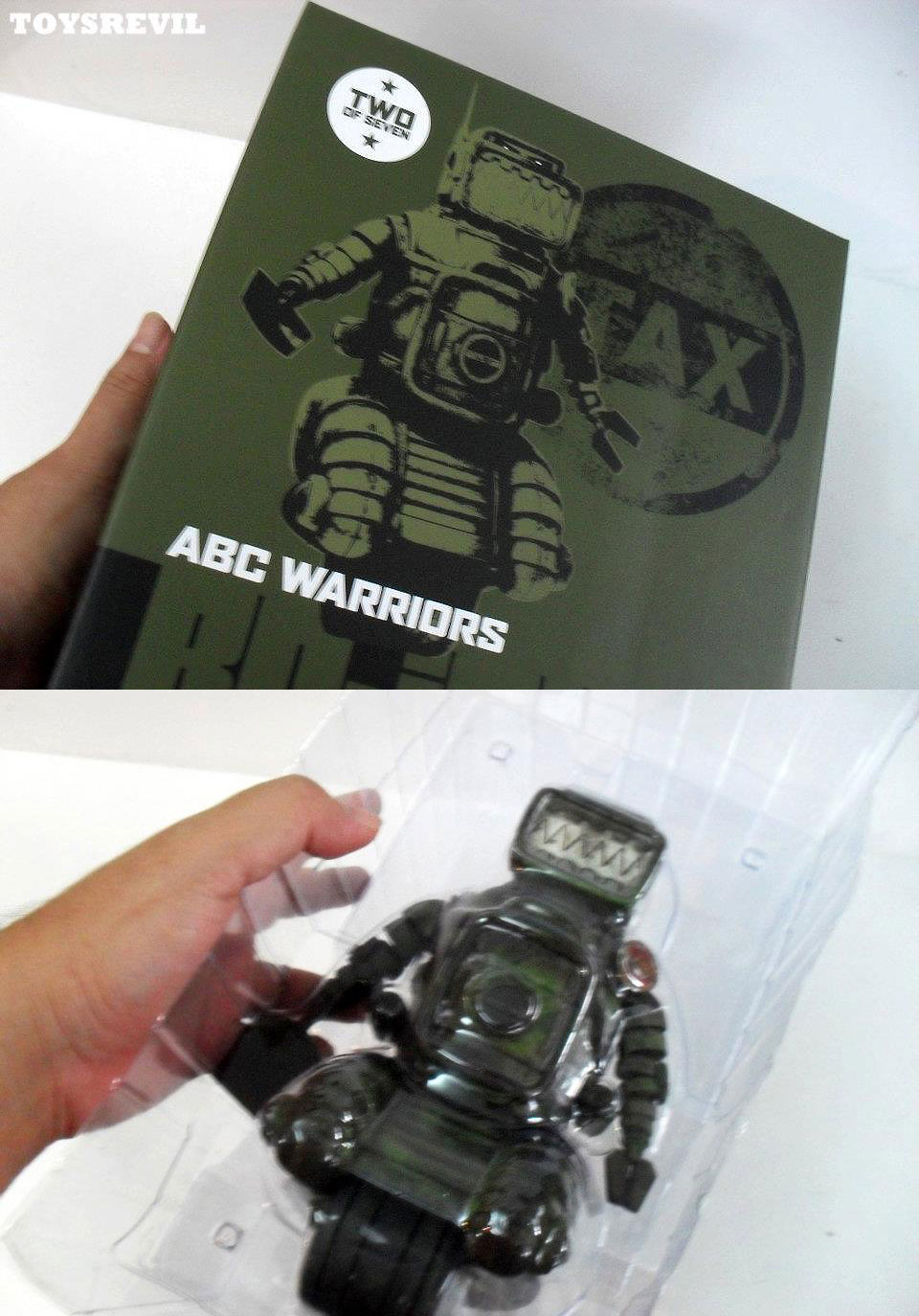 Toy-Review: A.B.C. Warriors\' Ro-Jaws by 3A Toys x 2000 A.D.