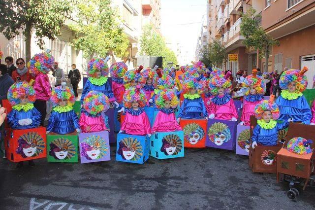 AMPA CEIP INMACULADA TORREVIEJA 5 premio en el desfile