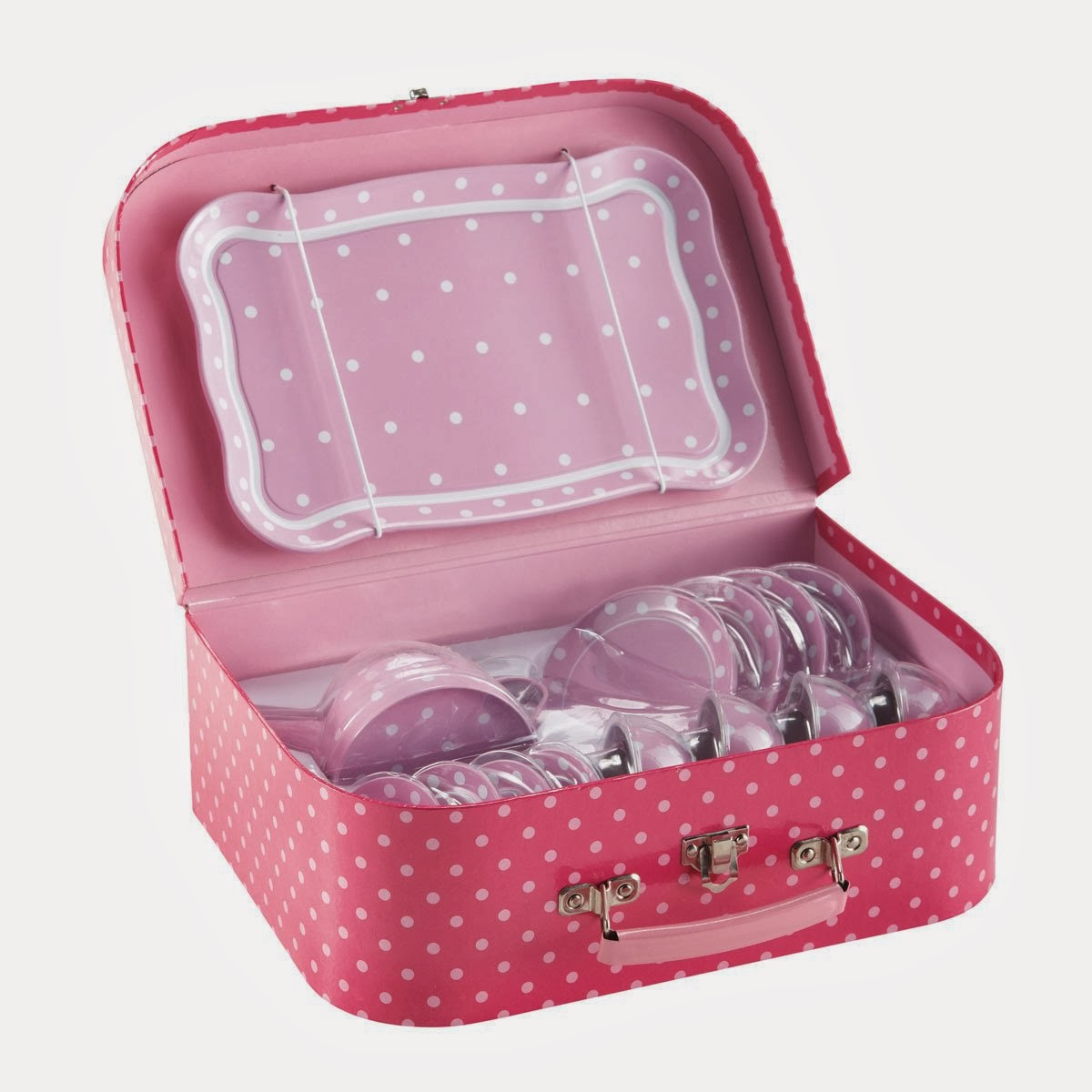 l 39 objet de la semaine dinette enfant tea time maison du monde madmoizelle cupcake blog. Black Bedroom Furniture Sets. Home Design Ideas