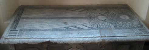 Photograph of tomb courtesy of St Mary's Church, North Mymms