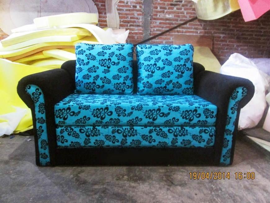 Foto Sofa Bed Minimalis Motif Bunga