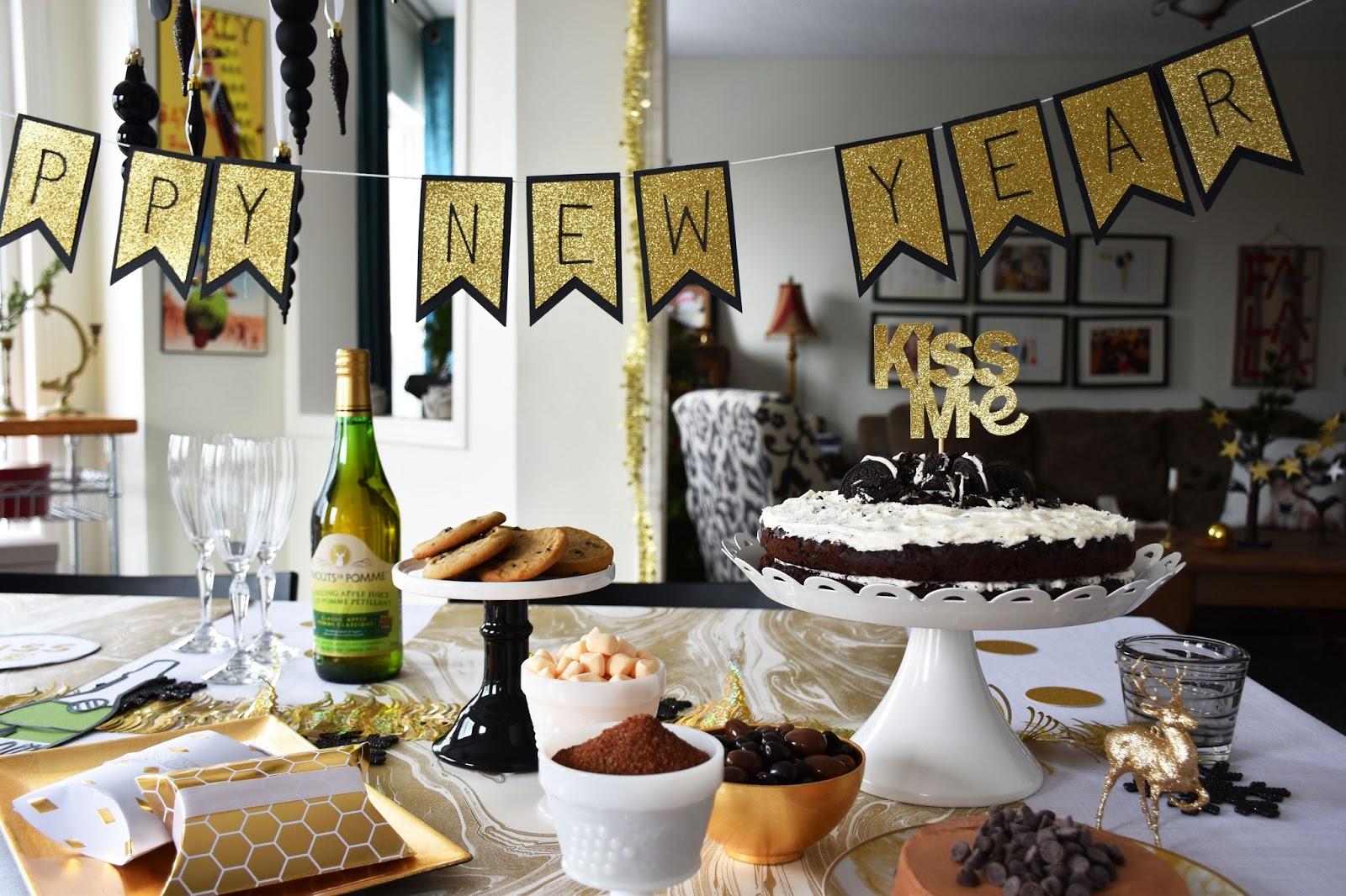 Картинки по запросу new year table