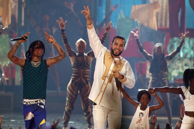 """French Montana & Swae Lee Perform """"Unforgettable"""" At 2017 BET Awards"""