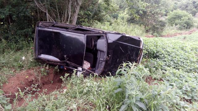 Mato Rico: Mãe e filhos se envolvem em acidente de trânsito