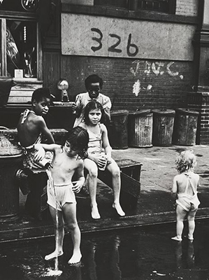 http://realityayslum.tumblr.com/post/144499069826/marion-palfi-new-york-lower-east-side1946-1949