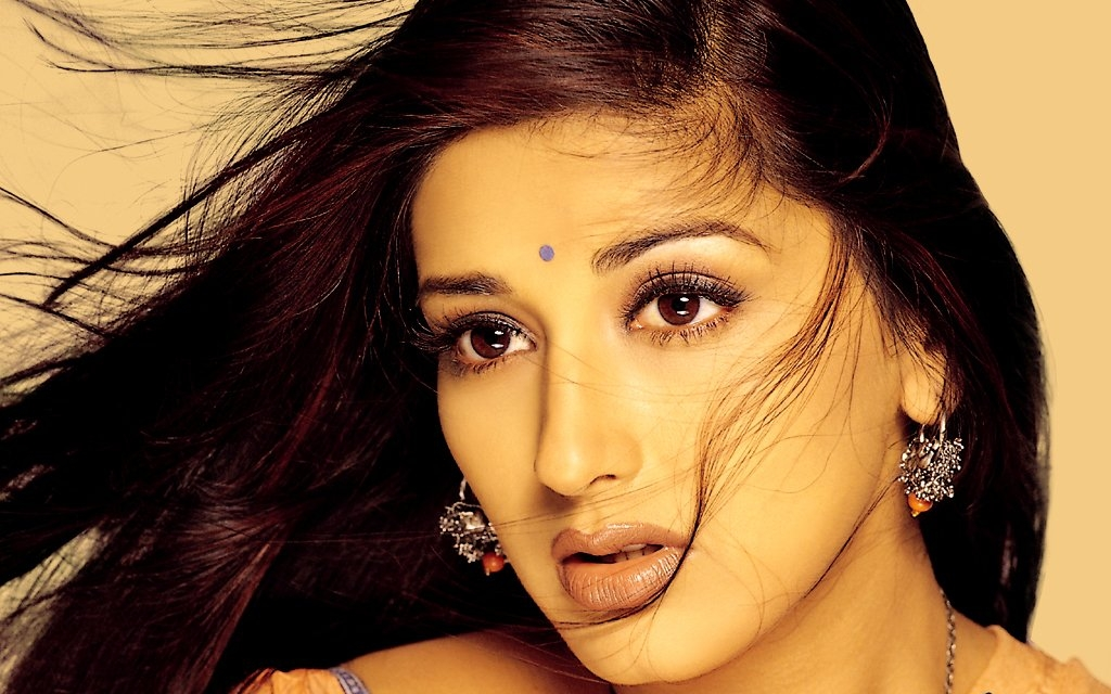 4k Ultra HD Wallpaper: Sonali Bendre HD Wallpapers