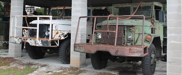 Viejos camiones en la estación de Archbold