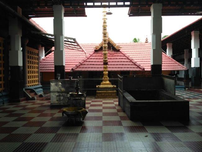 Malliyoor Maha Ganapathy Temple Kodimaram