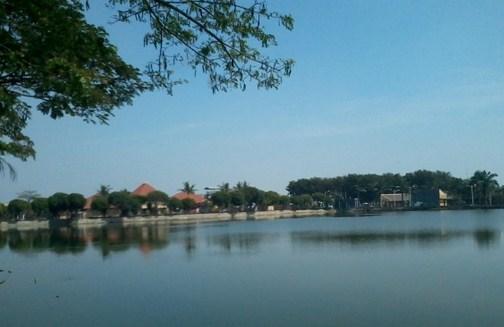 Daya Tarik Obyek Wisata Danau Marakas Di Babelan Bekasi Jawa