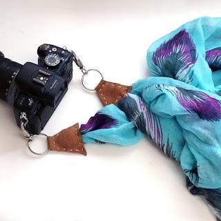 tracolla per macchina fotografica con foulard