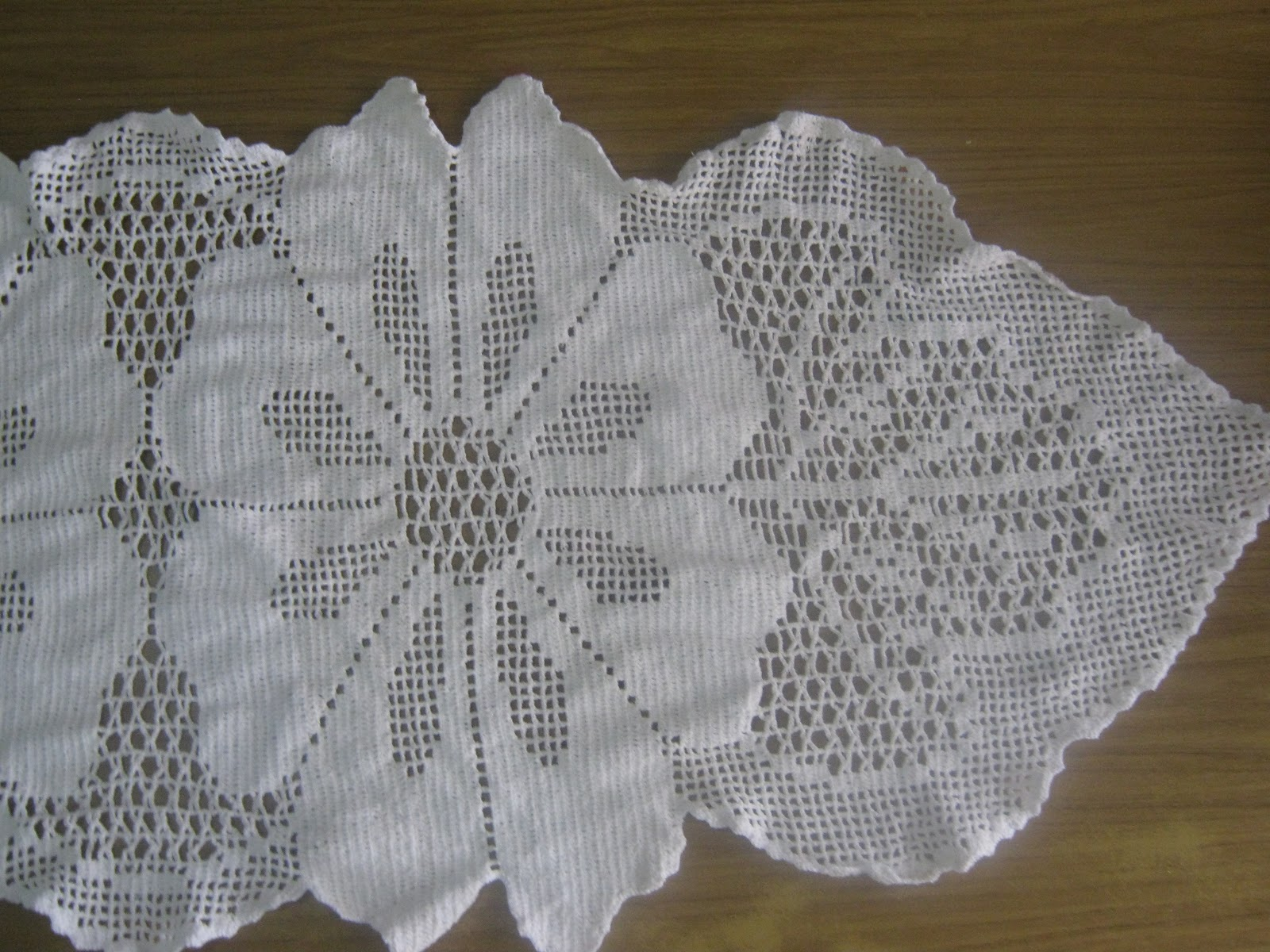 Gloris Crochet Camino De Mesa En Crochet