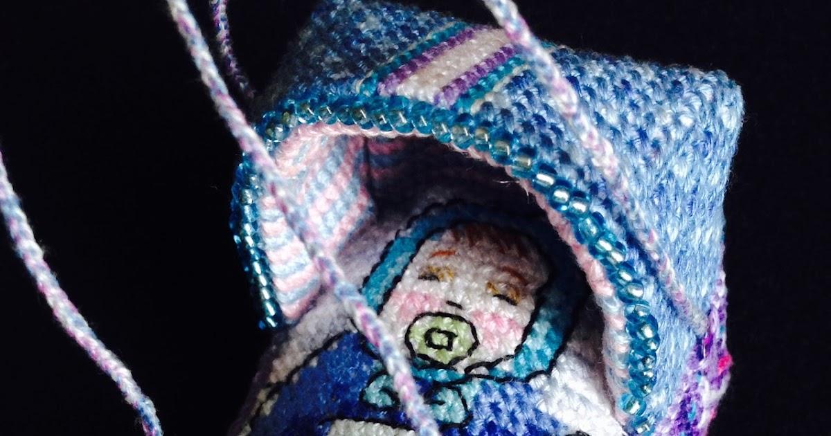 """""""Лялька в колыбельке"""". Версия вторая - """"Мальчик в сумке-переноске""""."""