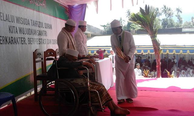 Ponpes Yusuf Abdussatar Wisudakan 127 Santri Tahfizul Quran
