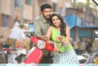 Neruppu Da Tamil Movie Stills