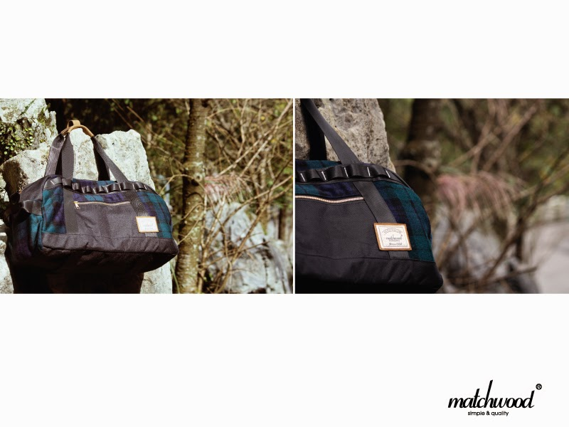 The bottom of the bag body has a design of the monster felt fixed webbing ad178417b3f94
