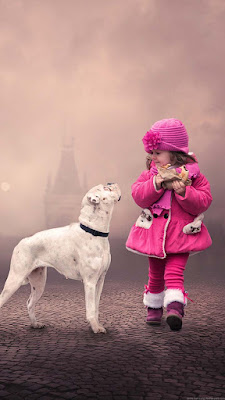 child-girl-cute-wearing-pinky-with-vodafone-dog