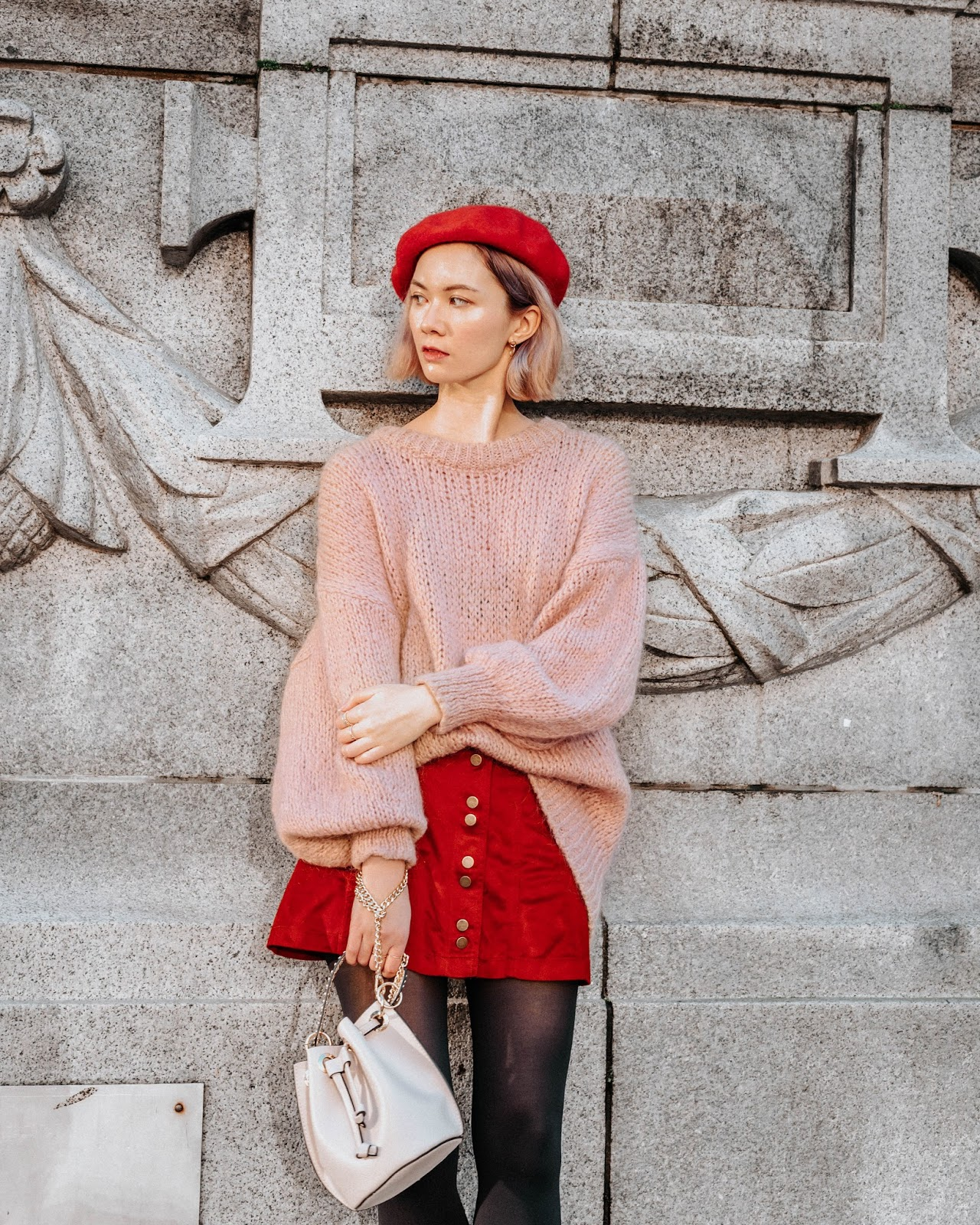 how to wear a beret, balloon sleeve sweater, french chic, french style, zara, bucket back, blondo boots, vancouver art gallery, valentines day look, valentines day outfit, korean glass skin
