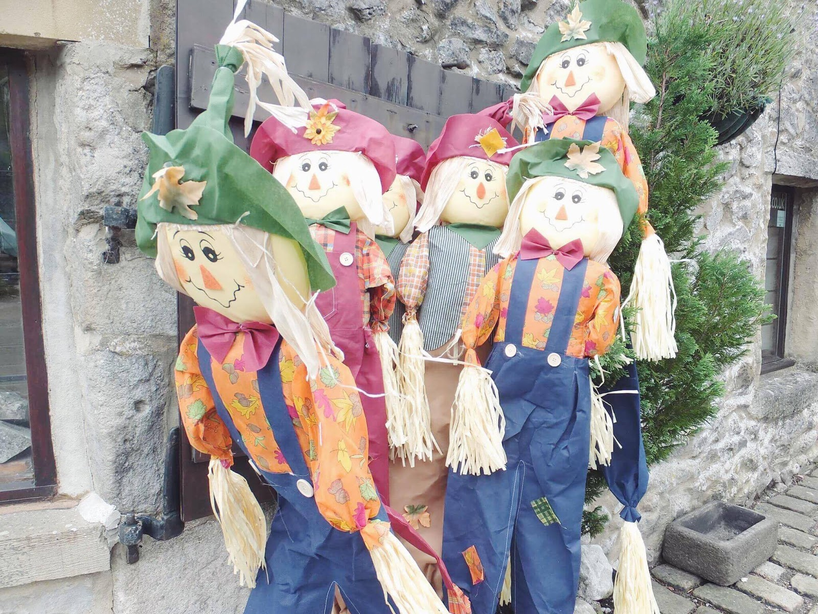 Kettlewell-Scarecrows
