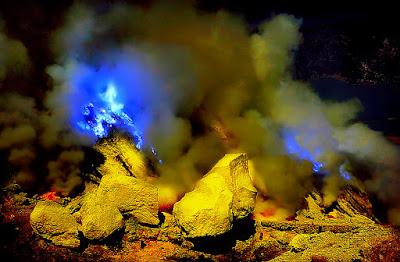 Ijen Blue Fire Tour, Banyuwangi Trip, Pesona Ijen,