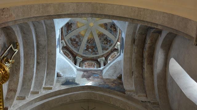 Notre Dame des domes avignon paintings