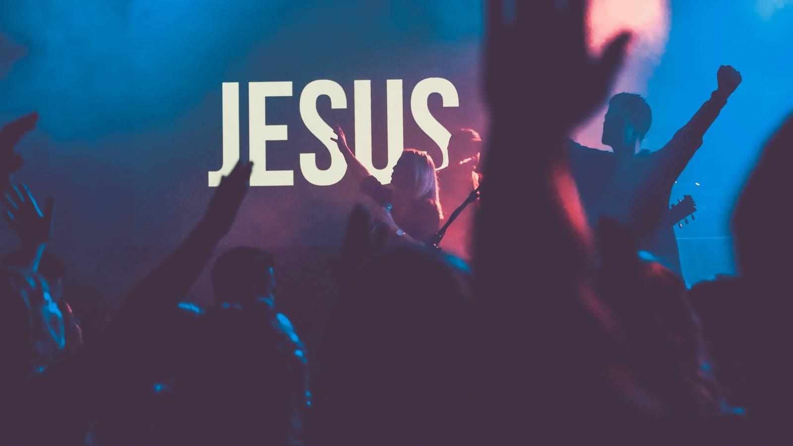 ¿Estamos adorando al Dios verdadero o estamos adorando otra cosa?