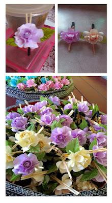 ดอกไม้จันทน์แฟนซีรูปแบบดอกกุหลาบ