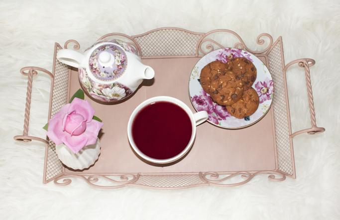 tava pentru ceai