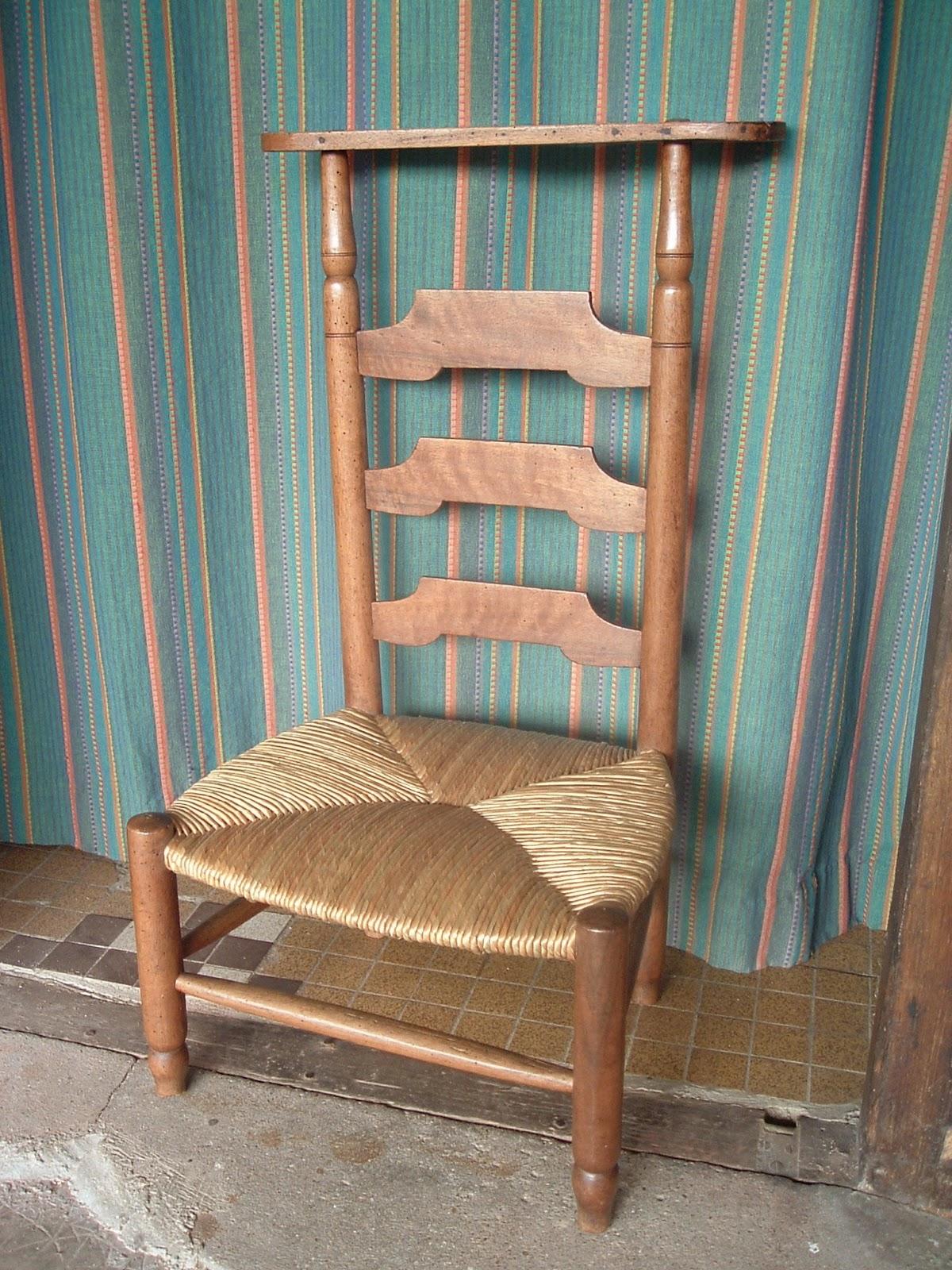 normandie cannage un prie dieu paill dans l 39 orne. Black Bedroom Furniture Sets. Home Design Ideas