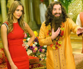 Jessica Alba and Mike Myers in The Love Guru