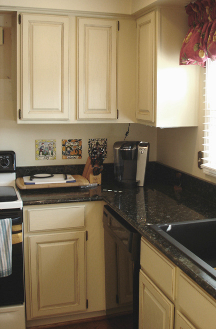 Painted oak cabinets for Ak kitchen cabinets