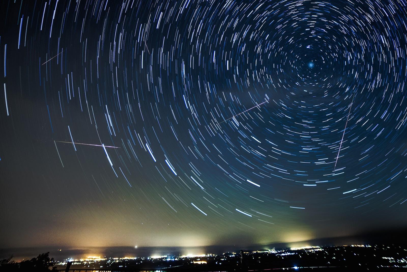 ダイナミックな星空