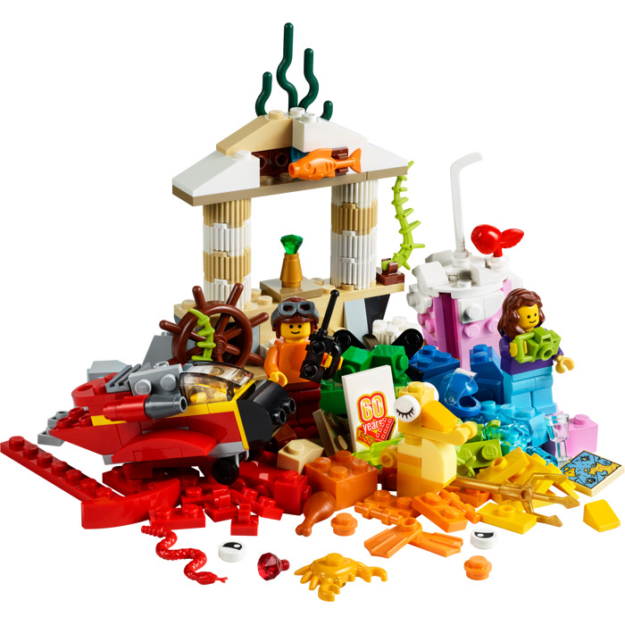 Quinn Rollins Play Like A Pirate Lego Set Of The Month World Fun