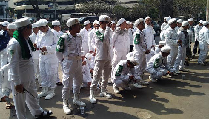 LPI Terjun Kawal Aksi #2019GantiPresiden Dari Preman Bayaran, Seruan Jihad Habib Rizieq?