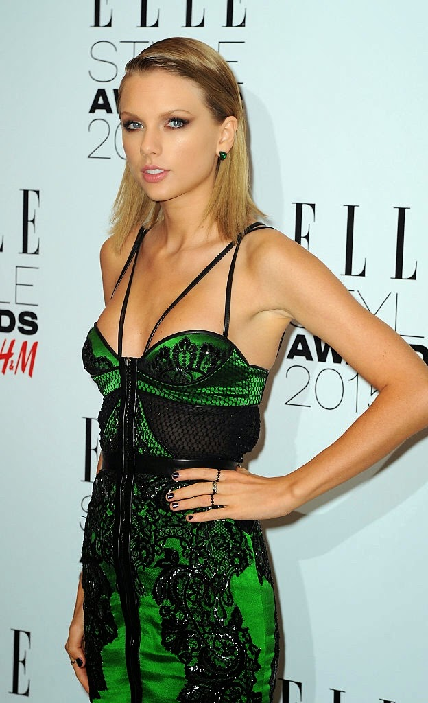 Taylor Swift sizzled in Elle Style Awards